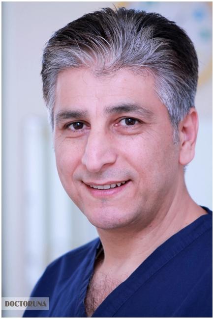 دكتور  أحمد الزحيلي دكتور أسنان