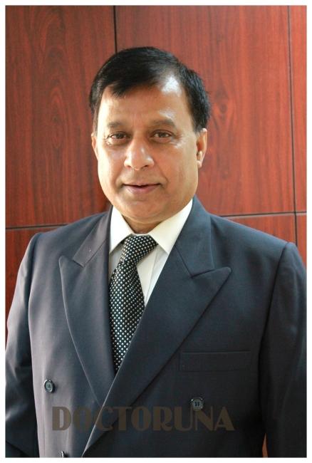 دكتور  اشرات خان جراح العظام