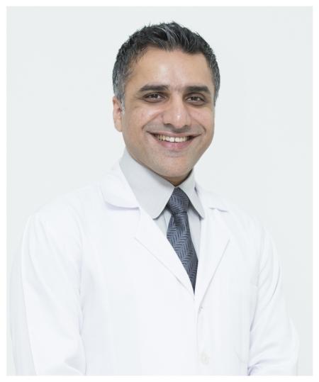 دكتور  أشكان هاغشيناس جراح الأوعية الدموية و القلب