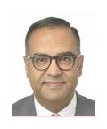 دكتور  باسل الشريف جراح العظام