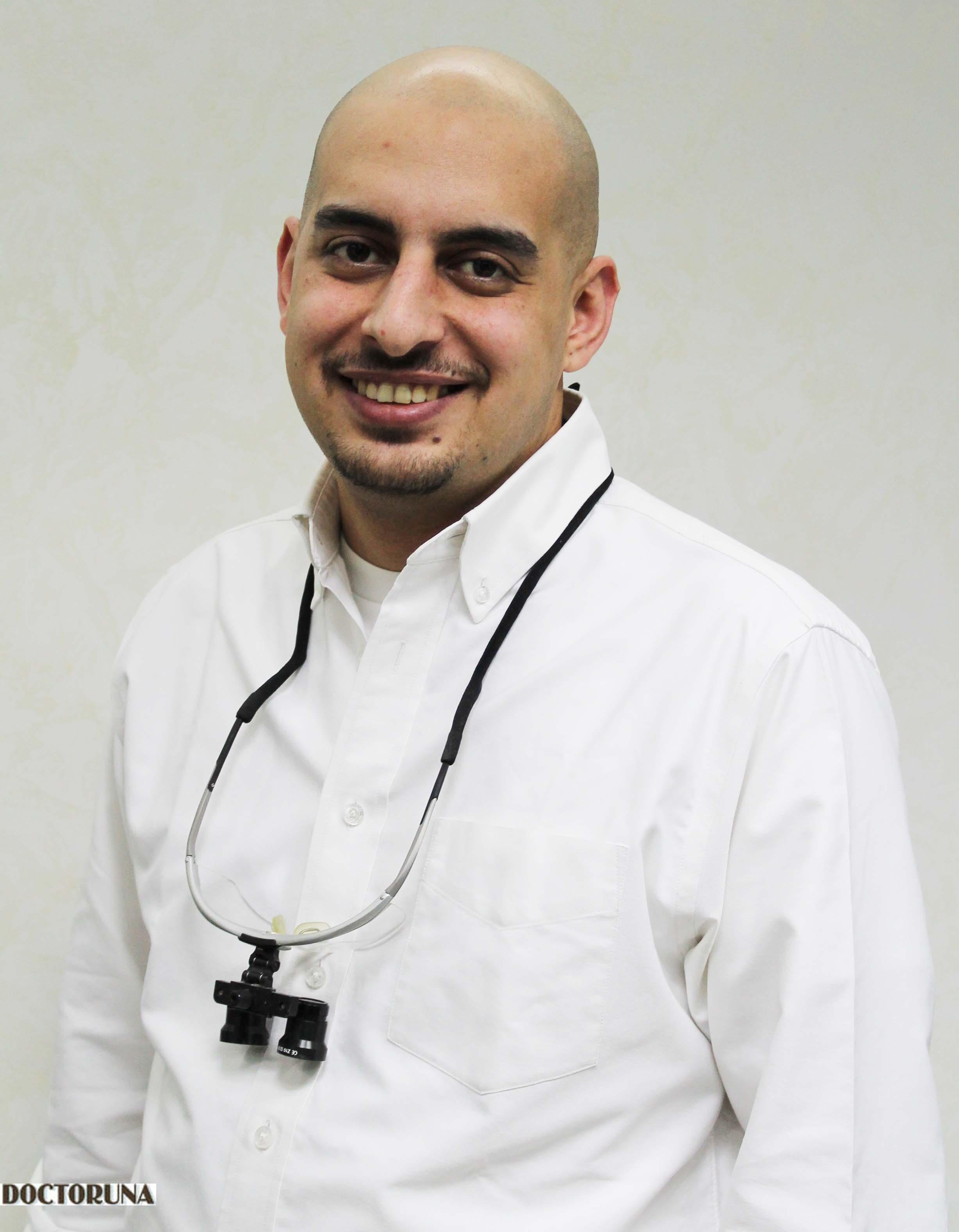 دكتور  احمد شوشة دكتور أسنان