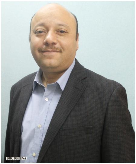 دكتور  عمرو كامل جراح عام
