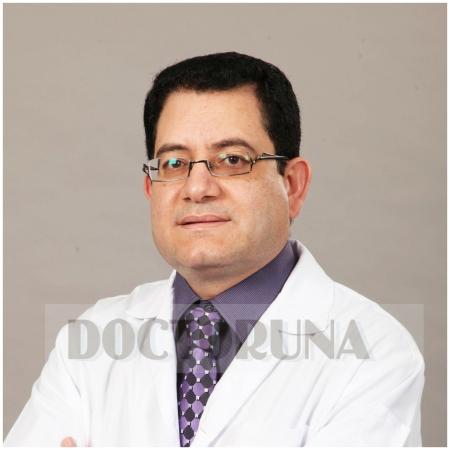 دكتور  ميشيل موريس صديق دكتور باطنية