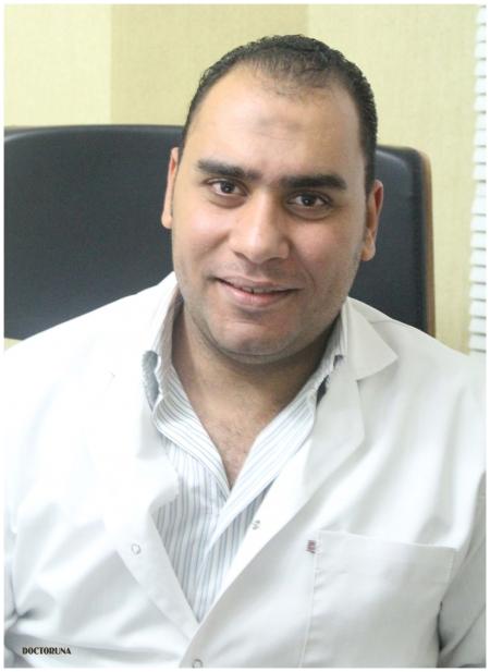دكتور  شريف العوضى أخصائي العلاج الطبيعي