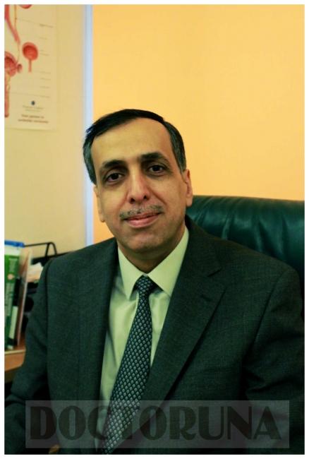 دكتور  ياسر محمد دكتور المسالك البولية