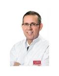 دكتور  هارولد فاندرسشميدت جراح العظام