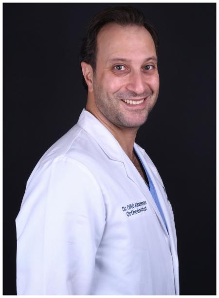دكتور  إياد السمان أخصائي تقويم الأسنان