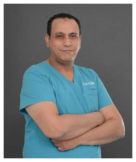 دكتور  خالد أبوسعدة أخصائي تقويم الأسنان