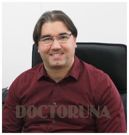 دكتور  محمد الكولك دكتور أسنان