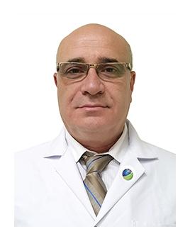 بروفيسوردكتور  وائل ريشاني جراح الأوعية الدموية و القلب