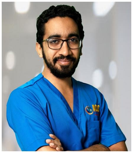 دكتور  وليد خالد أخصائي العلاج الطبيعي