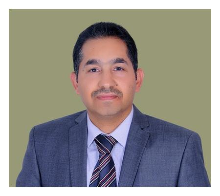 دكتور  وليد خالد الحسين طبيب الأطفال حديثي الولادة